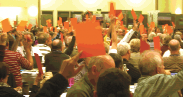 Members vote positively at the 31st Synod. Photo by Uniting Communications.