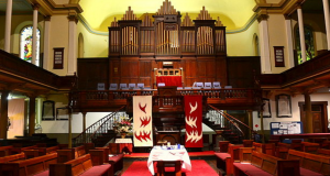 Pitt St Uniting Church in Sydney. Photo by Sardaka.