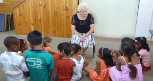 Sunday School teacher Elaine Hawthorne with the children at Aspley Uniting Church. Photo by Katy Edwards.