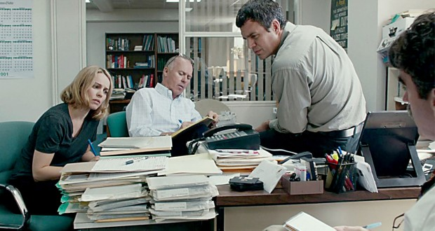 Rachel McAdams, Michael Keaton and Mark Ruffalo play a team of Boston Globe reporters. Photo by Kerry Hayes and Open Road Films.