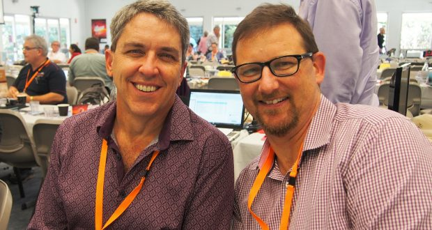Ralph Collins and Peter Cranna at the 32nd Synod. Photo by Uniting Communications.